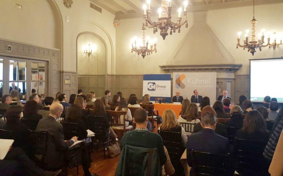 """Gi Group patrocina la """"Jornada de Actualización Laboral"""" organizada por Kühnel"""